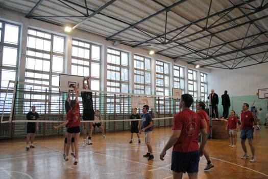 Turniej siatkówki o puchar radnych [BMP św. Ducha]